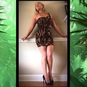 SYMPHONY BODY-CON LEOPARD PRINT DRESS